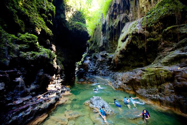 600 x 400 jpeg 274kB, Tempat Wisata Terindah Yang Berada di Jawa Barat ...