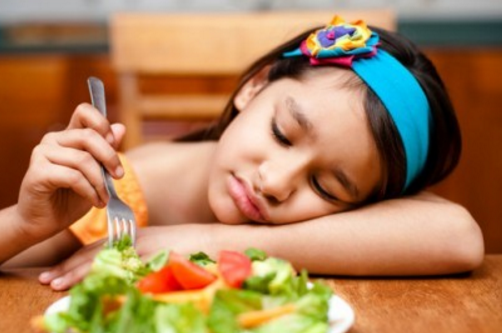 Cara Mengatasi Anak Susah Makan Nasi dan Sayur